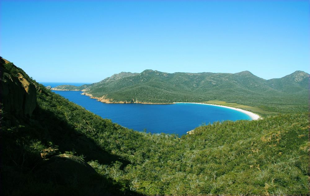Weinglas Bay Tasmania