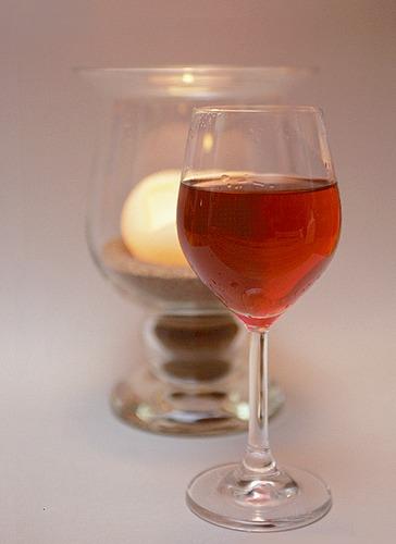 Weinglas und Kerze
