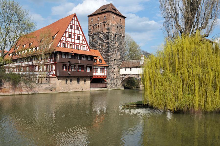 Weinstadel und Wasserturm