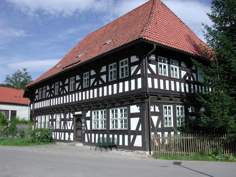 Weisenhaus Suhl Neundorf