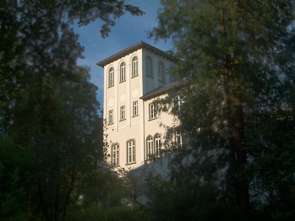 """""""Weiße Villa"""" in Kreuztal"""