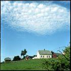 Weisse Wolken und ein klarer blauer Himmel 1 - NORWEGEN