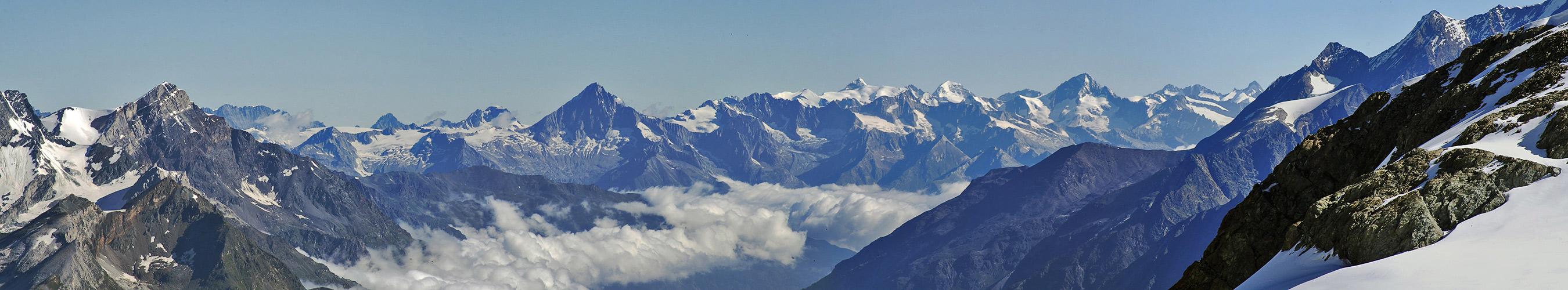 Weitsicht bis 80 km ins Berner Oberland und damit ein Geburtstagsgruß für...