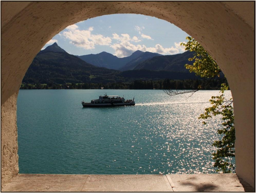 welch ein Blick - mittig auf den Wolfgangsee