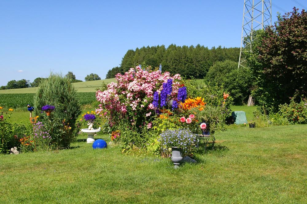 Welch prächtiger Garten ........
