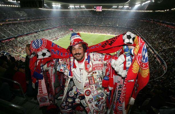 WELCOME BENVENUTO BOA VINDA BIENVENUE WM FANS Allianz Arena Munich
