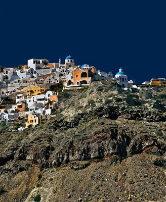 Well, there is colour in Santorini 2