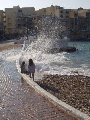 Wellengang in Marsalforn (Gozo)