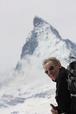 Weltberühmt........... und im Hintergrund - das Matterhorn