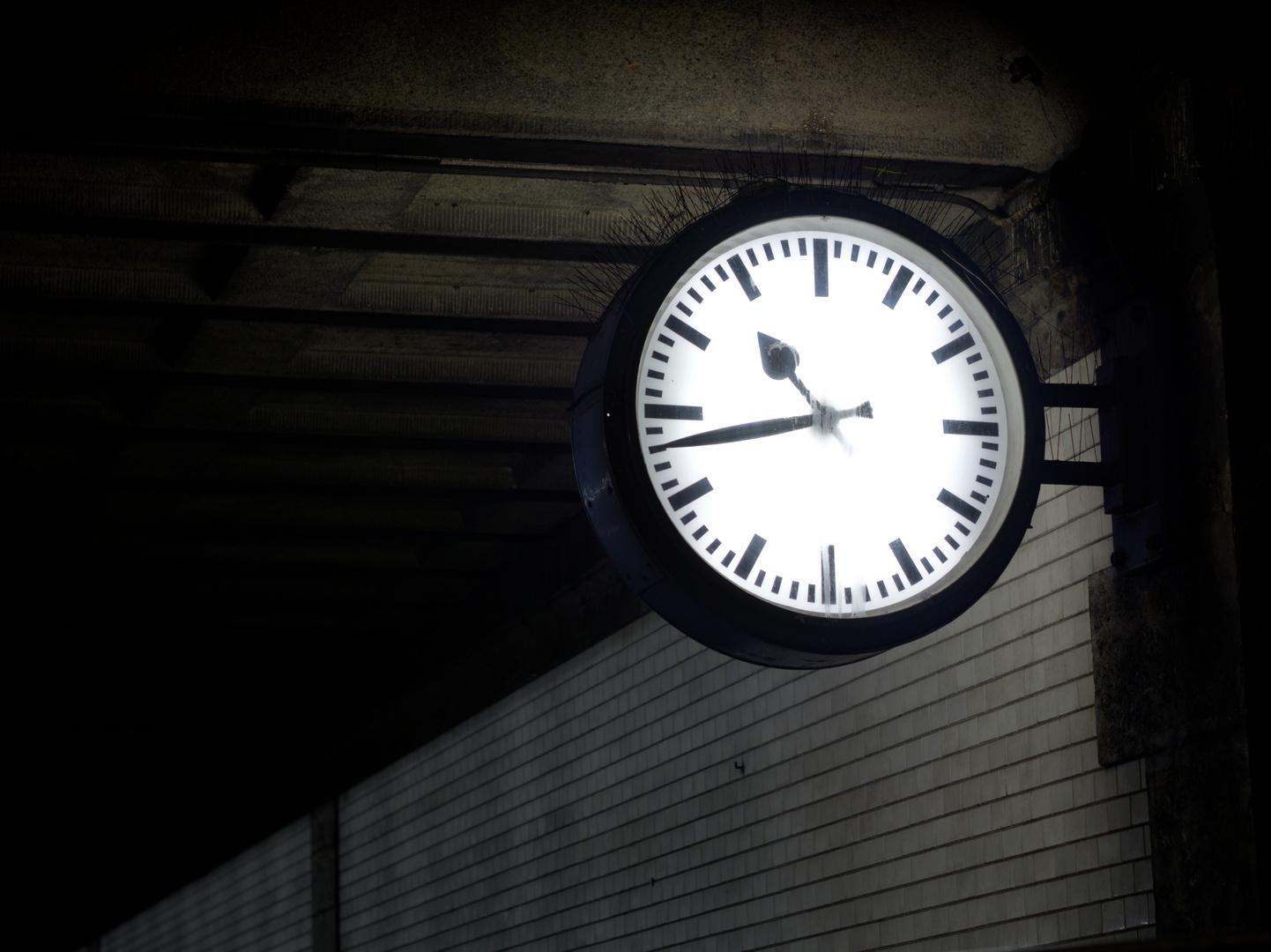 Wem die Stunde hat geschlagen, ...