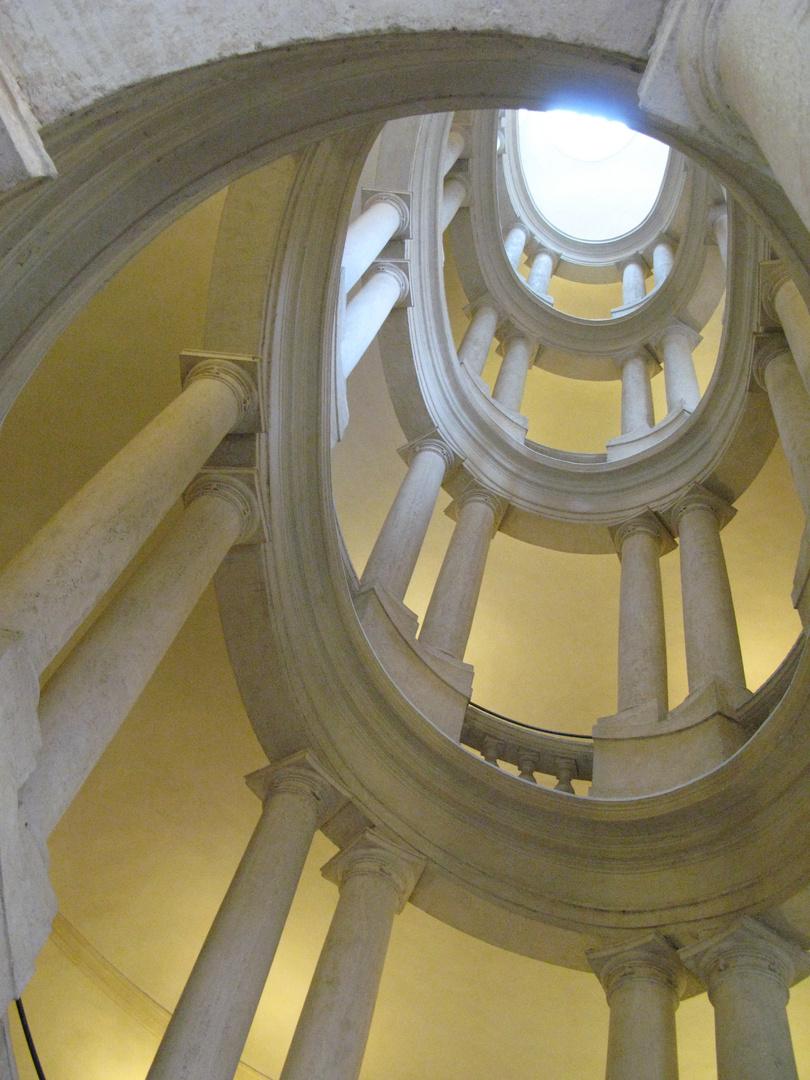 Wendeltreppe im Palazzo Barberini