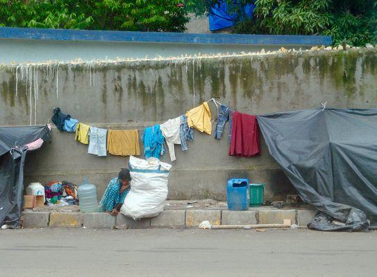 Weniger als in den Slums von Mumbai
