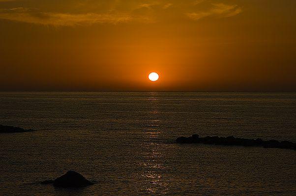 Wenn bei Capri die rote Sonne im Meer versinkt.....