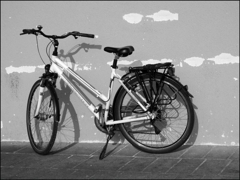 Wenn das Fahrrad Schatten wirft.....
