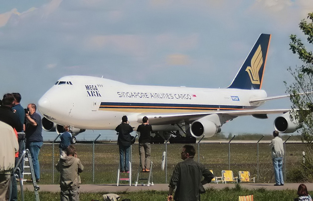 Wenn die 747 von Singapore ruft...