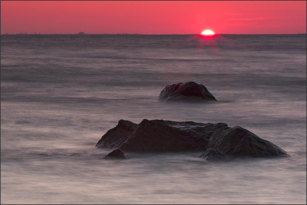 wenn die Sonne das Meer berührt