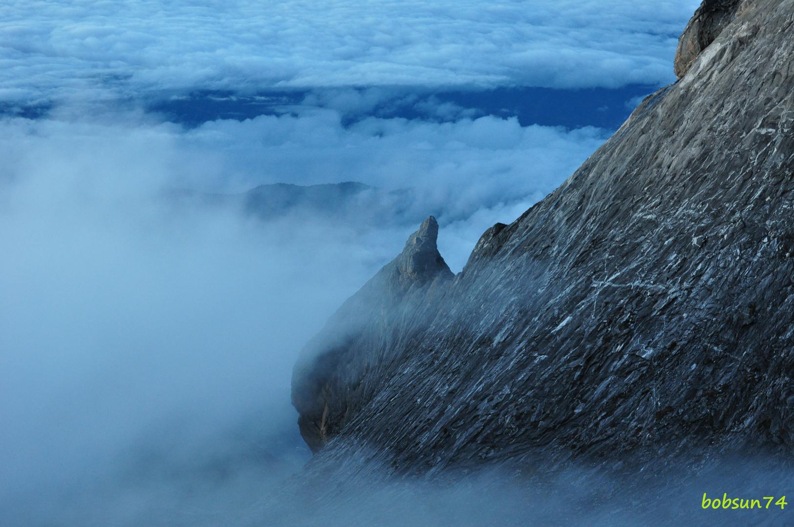 Wenn die Wolken aufziehen am Mount Kinabalu