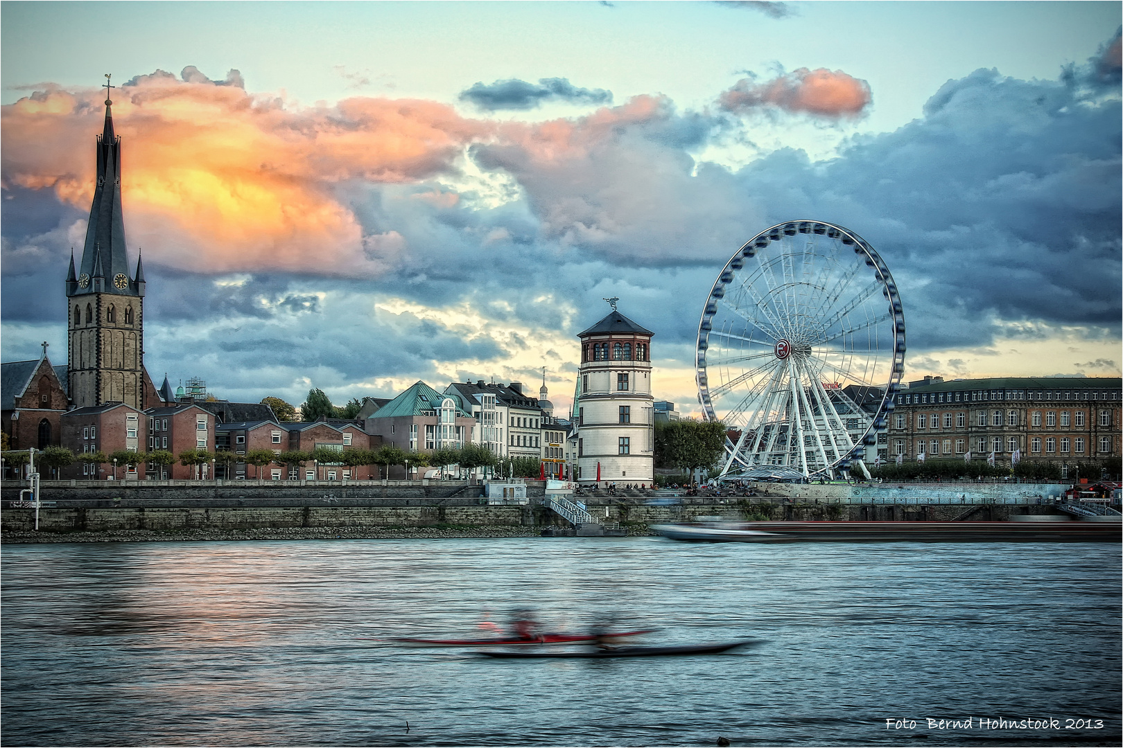 wenn ein Tag zu Ende geht in Düsseldorf ....