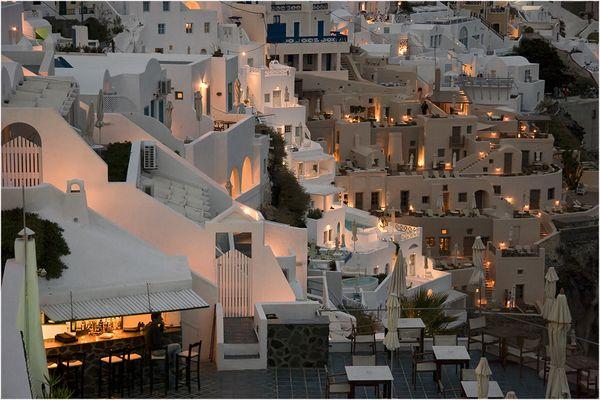 Wenn es Nacht wird auf Santorini