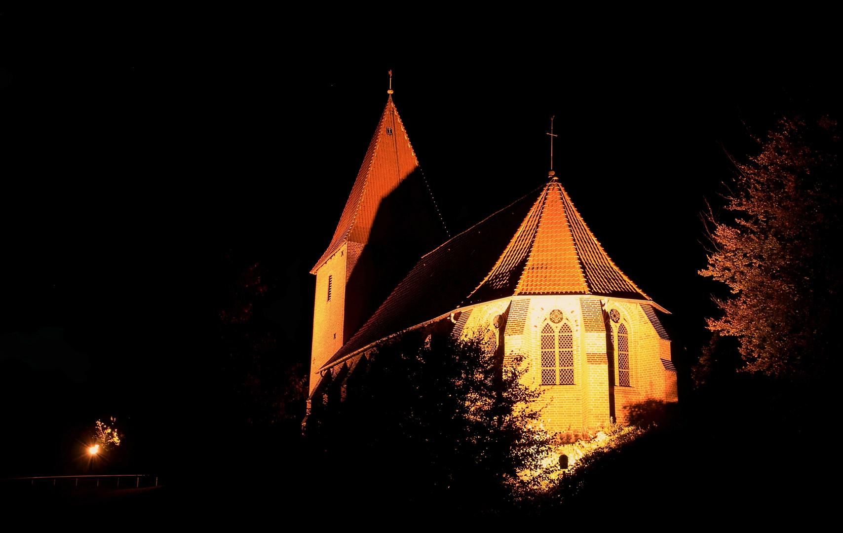 Wenn es Nacht wird im Dorf, ...