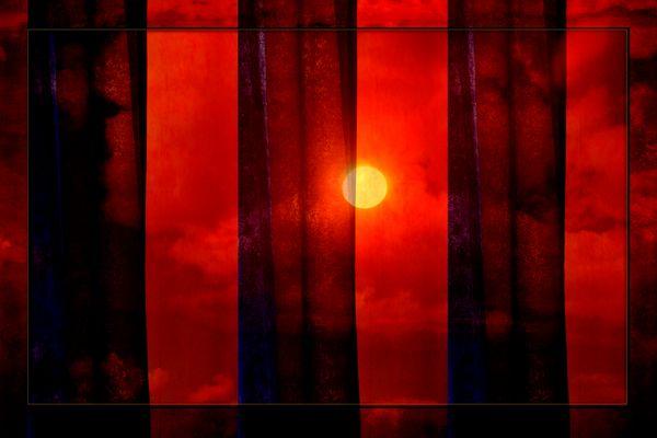 Wenn hinter dem Vorhang die Sonne glüht