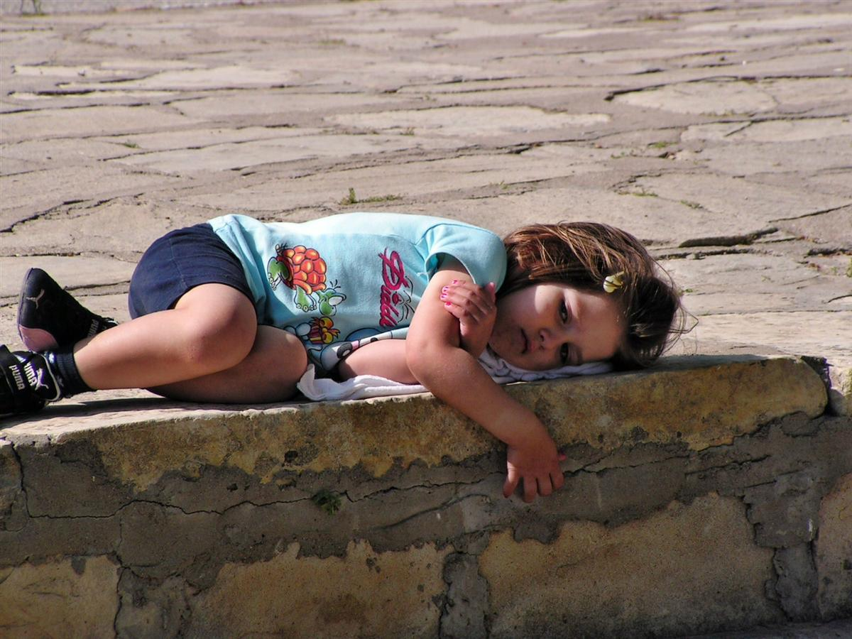 Wenn ich Müde bin kann ich überall schlafen.