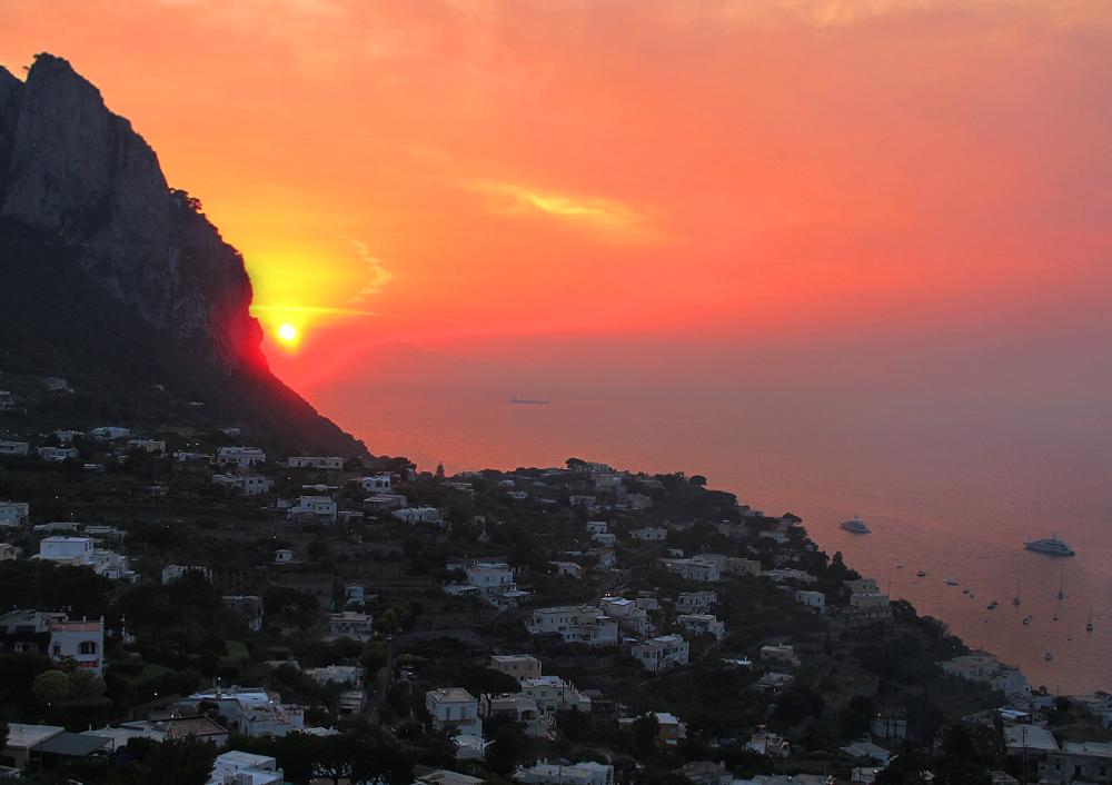 Wenn in Capri die rote Sonne...