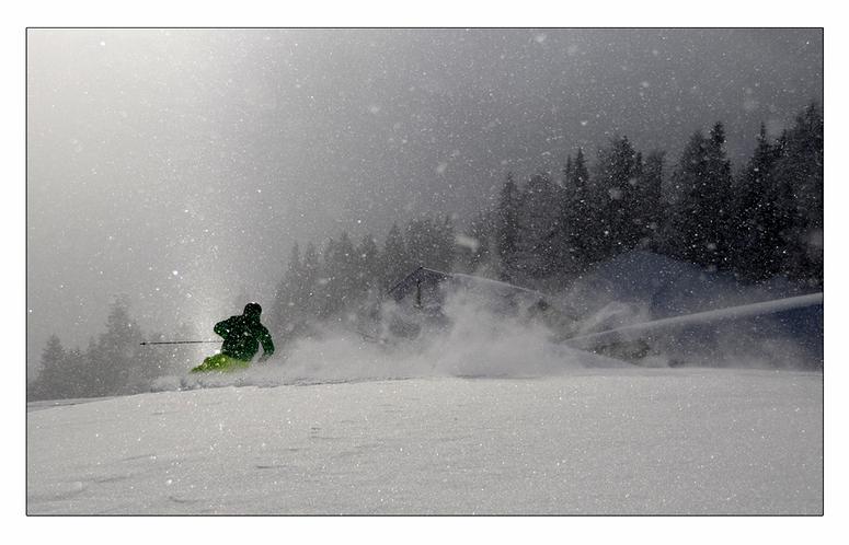 wenn Nebel, Sonne und Schneefall zusammentreffen
