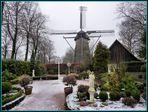 Wer hat denn schon so eine große Mühle in seinen Garten :-)