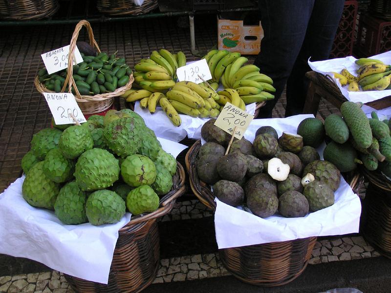 Wer kennt alle diese Früchte?
