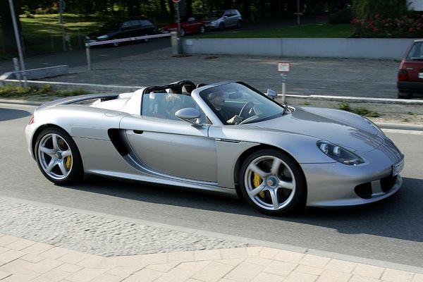 Wer kennt dieses Auto???