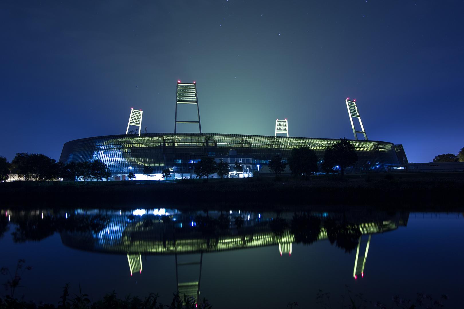 Weserstadion bei Nacht
