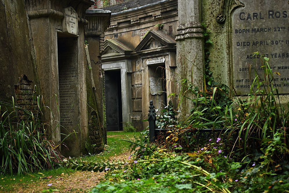 West Highgate Cemetery - Catacombs