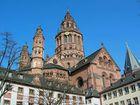 Westchor des Mainzer Doms - schönes Wetter heute .....
