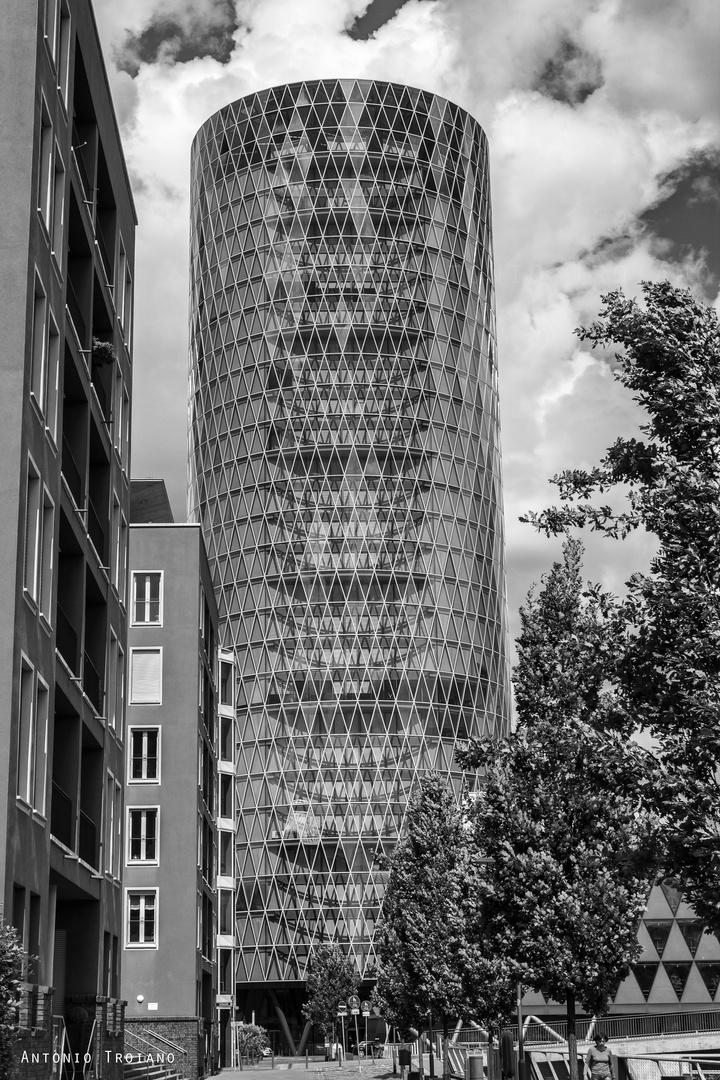 Westhafen-Tower