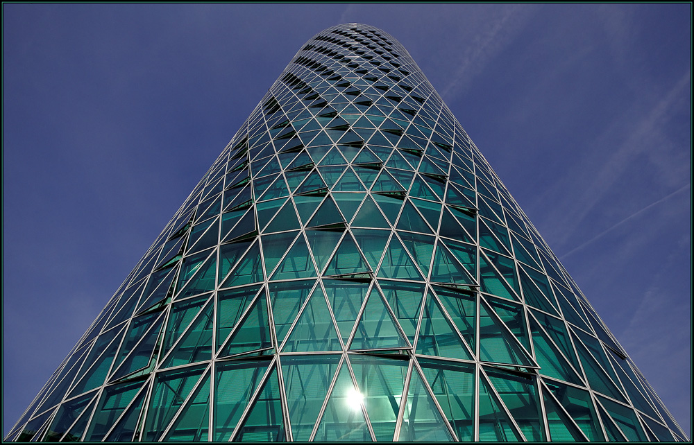 Westhafentower