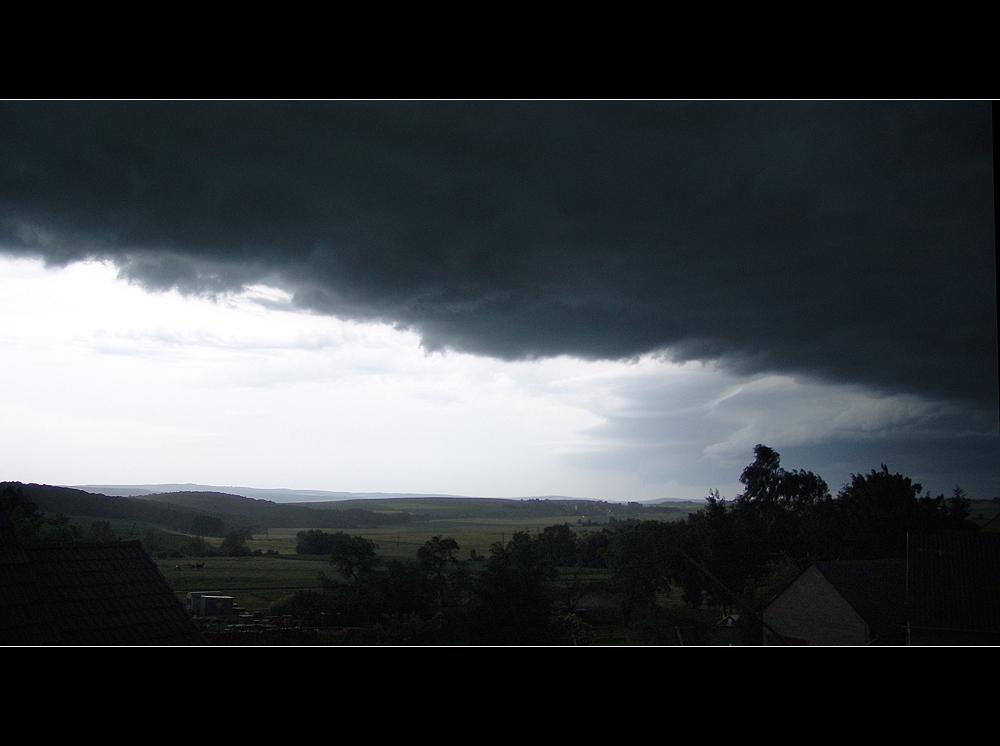 Wetterbericht: 26.05.07/ 22.24 Uhr Himmighofen Richtung Taunus