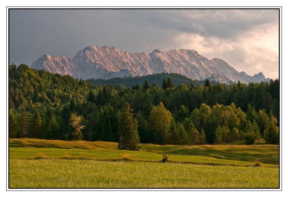 Wettersteingebirge am Abend