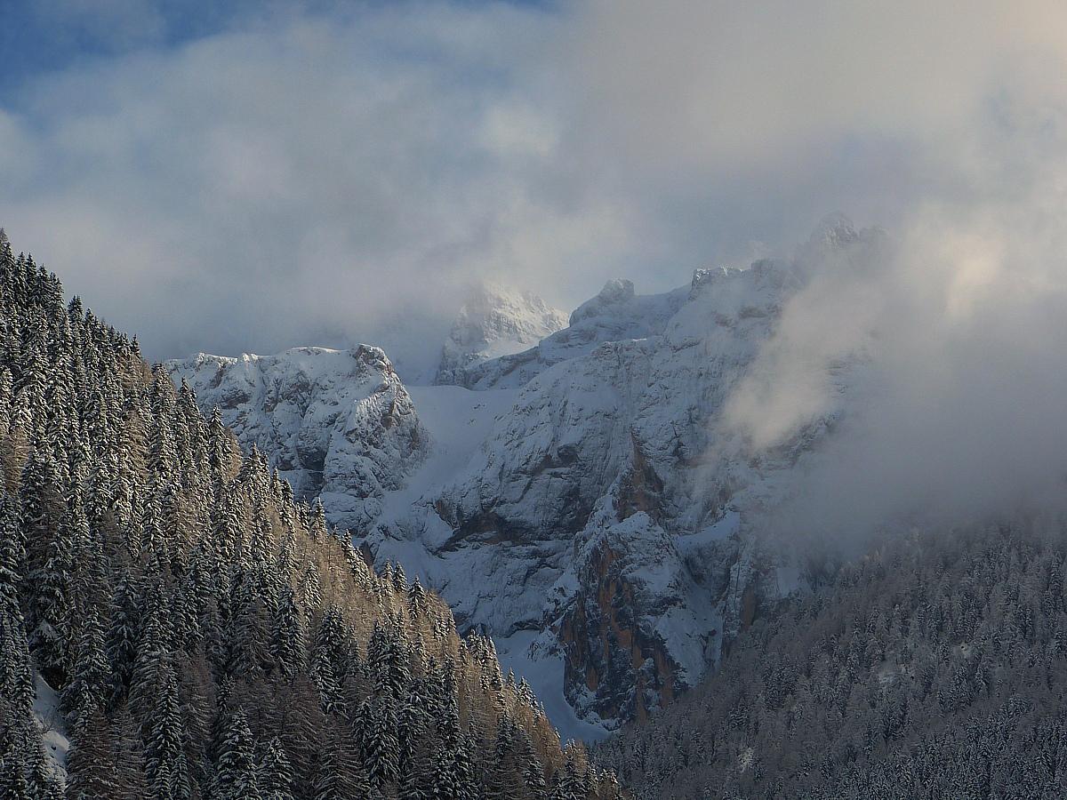 Wetterumschwung am Sella-Stock bei Wolkenstein, Dolomiten