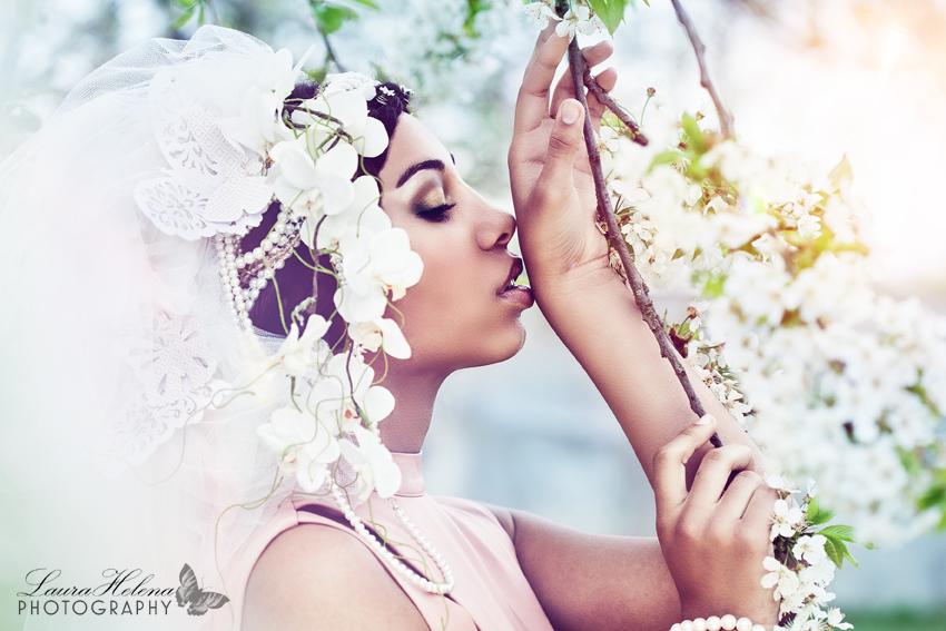 *white flower forest*