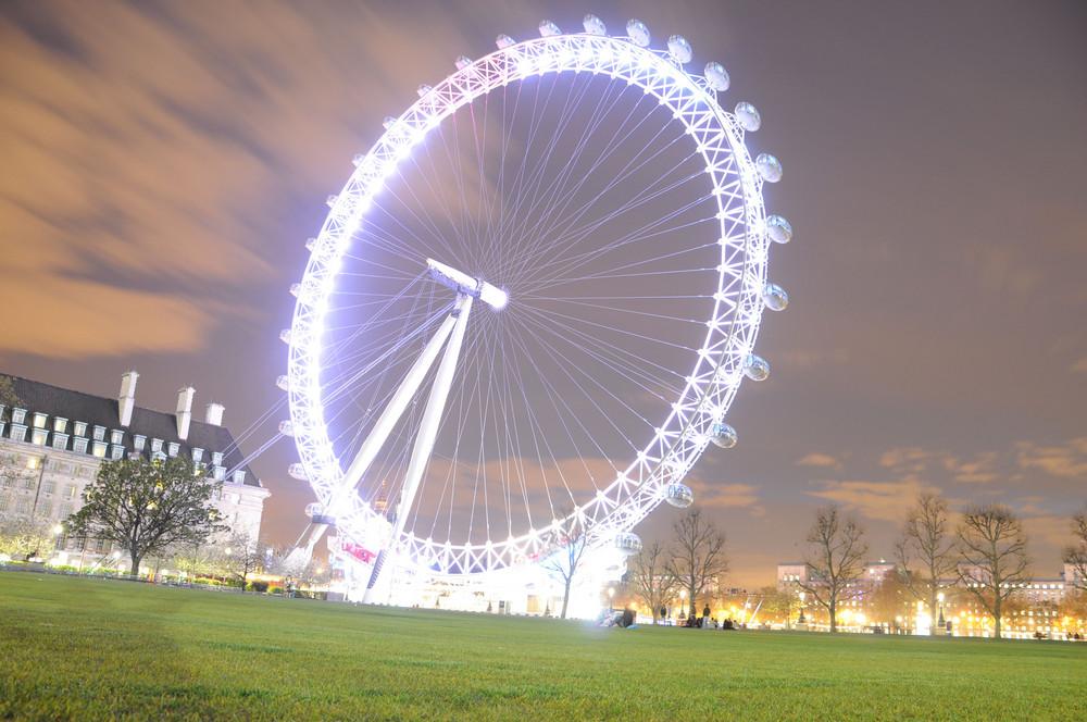 White London Eye | London