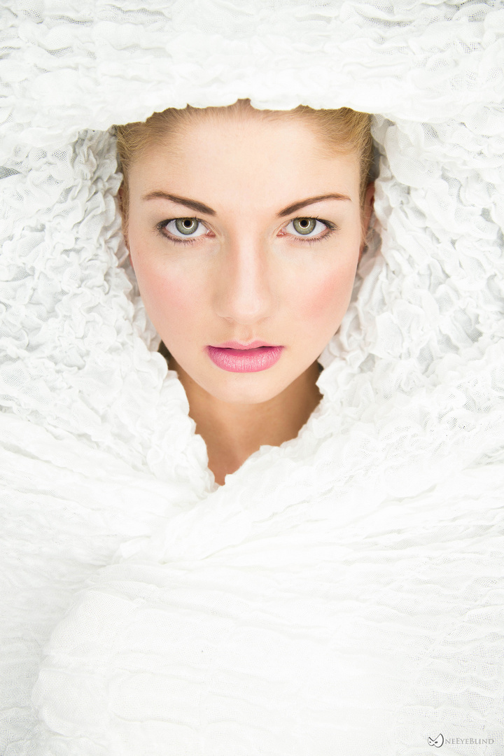..:: whiteout ::..