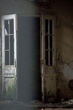wie dazumal - Innentür in den Heilstätten Beelitz