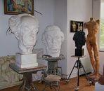 ... wie im Atelier von Arno Breker !