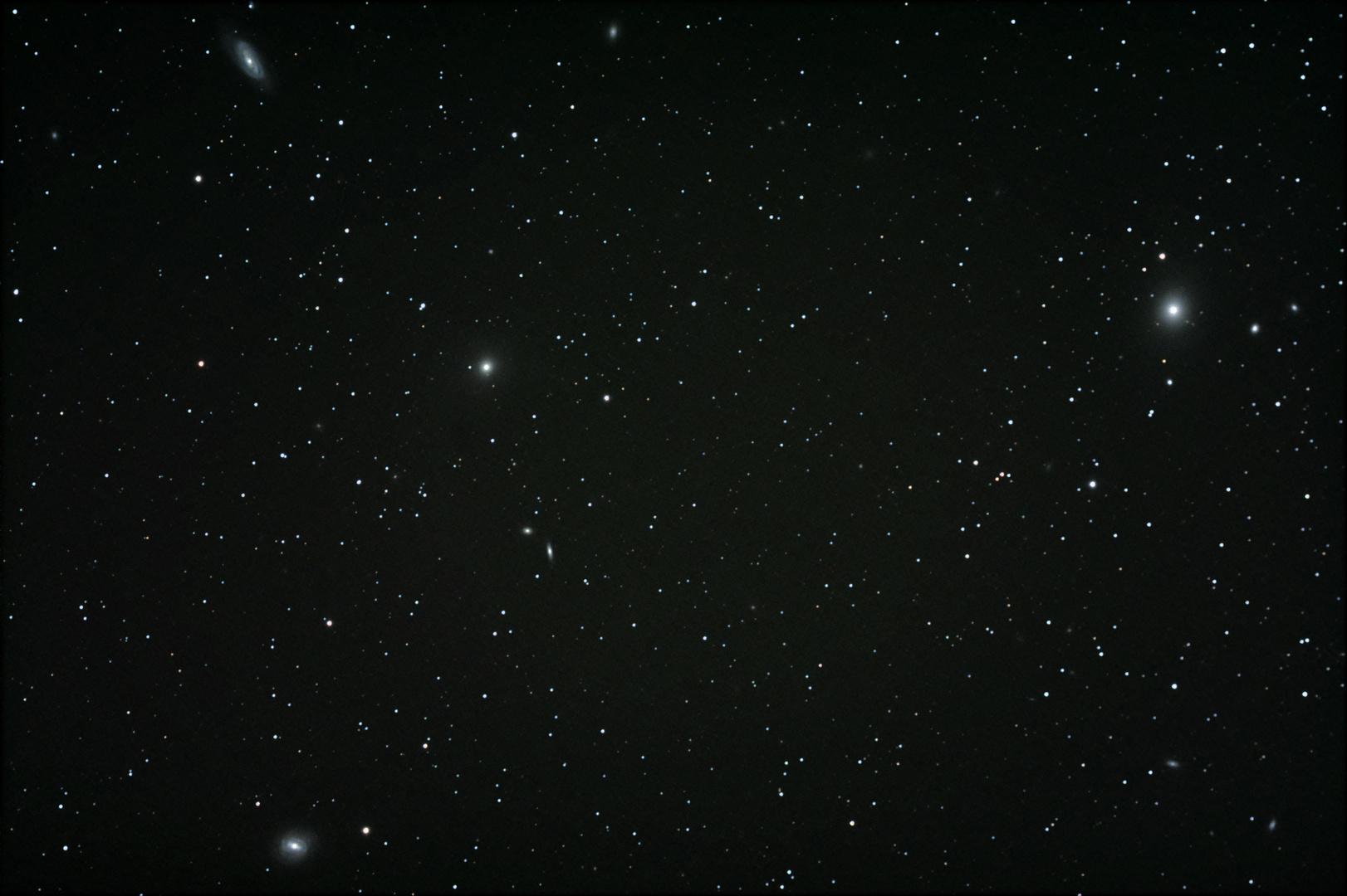 Wie viele Galaxien seht Ihr?