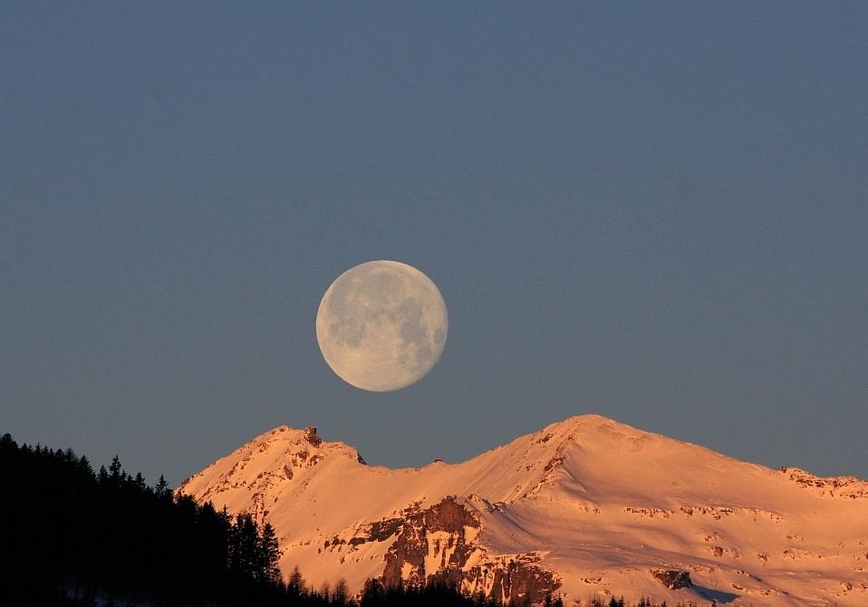 ... wieder Mondunter- und Sonnenaufgang