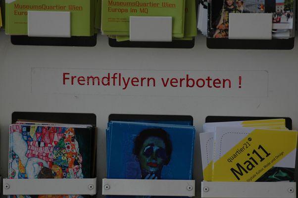 Wien 2011 - Fremd Flyern verboten