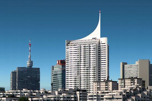 Wien - Donau City - Donauzentrum - Vienna - UNO - Andromeda Tower