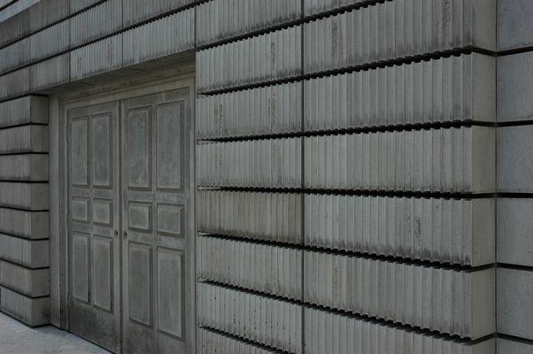 Wien Judenplatz: Holocaust-Denkmal von Rachel Whiteread (Detail 1)