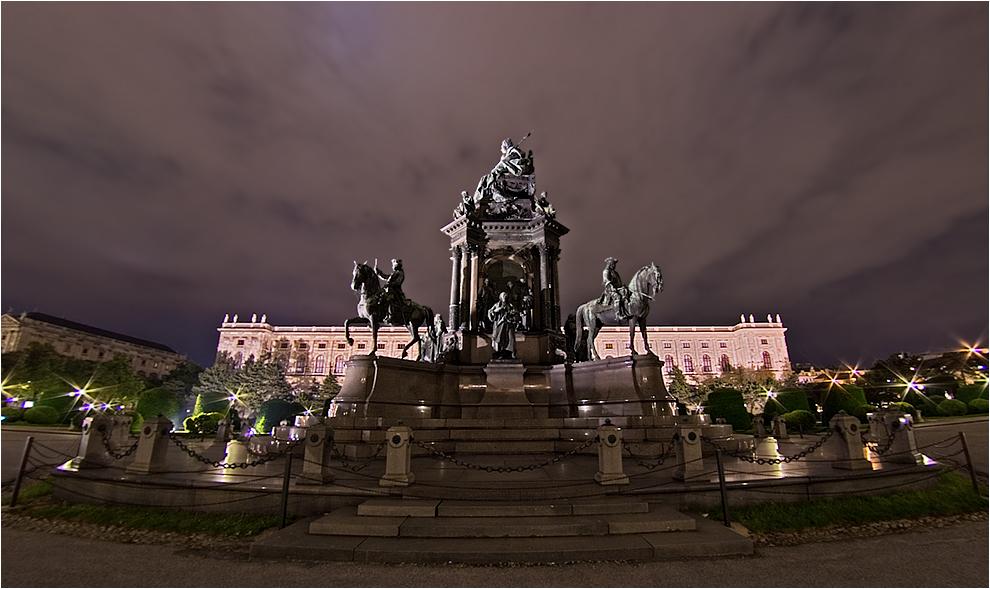 Wien Maria Theresia Denkmal I